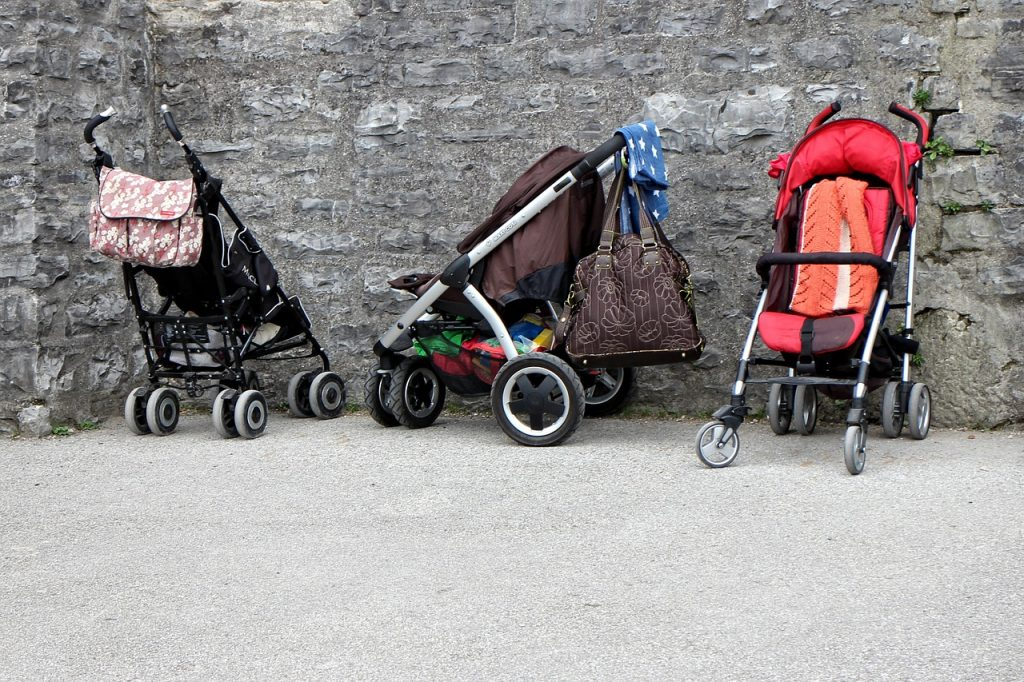baby-carriage-891080_1280