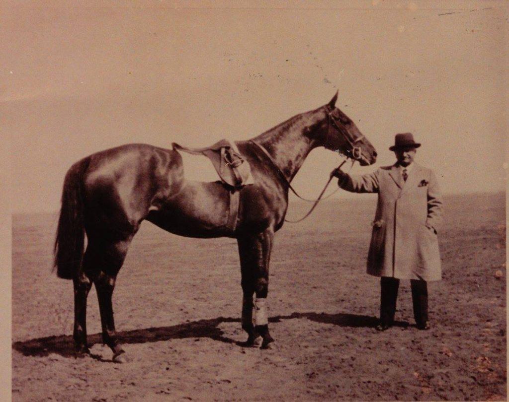 John Wickham, 1910