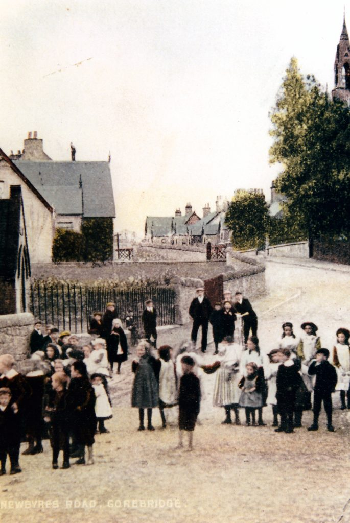 'Newbyres Road' from Clapperton's Corner